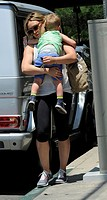 Hilary Duff spotted out with son Luca Comrie in Toluca Lake Featuring: Hilary Duff,Luca Comrie Where: Los Angeles, California, United States When: 16 ...