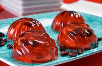 Grape jelly desserts