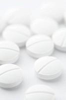 White drug pills