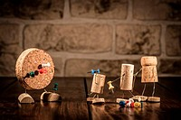 Wine cork figures, Concept Dart with Pins