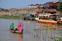 Cambodia, Kampong Khleang village, on the Tonle Sap River.