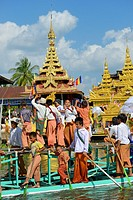 Myanmar, Shan State, Inle Lake festival at In Phaw Khone village.