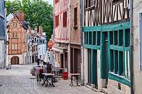 France, Loiret, Orleans, rue de la Poterne.