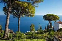 Garden of Villa Rufolo over looking the Amalfi Coast and the Gulf of Salerno, Ravello, Campania, Italy.