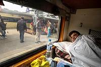 India, Varanasi-Kolkata, train trip.
