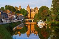 Josselin, Brittany, Josselin Castle, Morbihan, Canal between Nantes and Brest, Pontivy district, France.