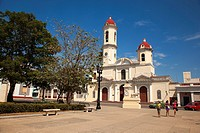 Scene from the Joe Marti park with the the Purisima Concepcion Cathedral at the background in the city center, Cienfuegos, Cuba, West Indies, Central ...